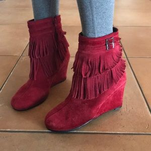 Aerosoles Plumming Bird Wedge Booties